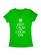 Футболка Keep calm and cook on женская зеленая