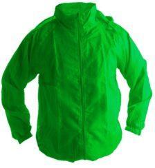 Ветровки с капюшоном зеленая